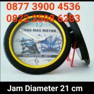 Jam Dinding Diameter 21 cm